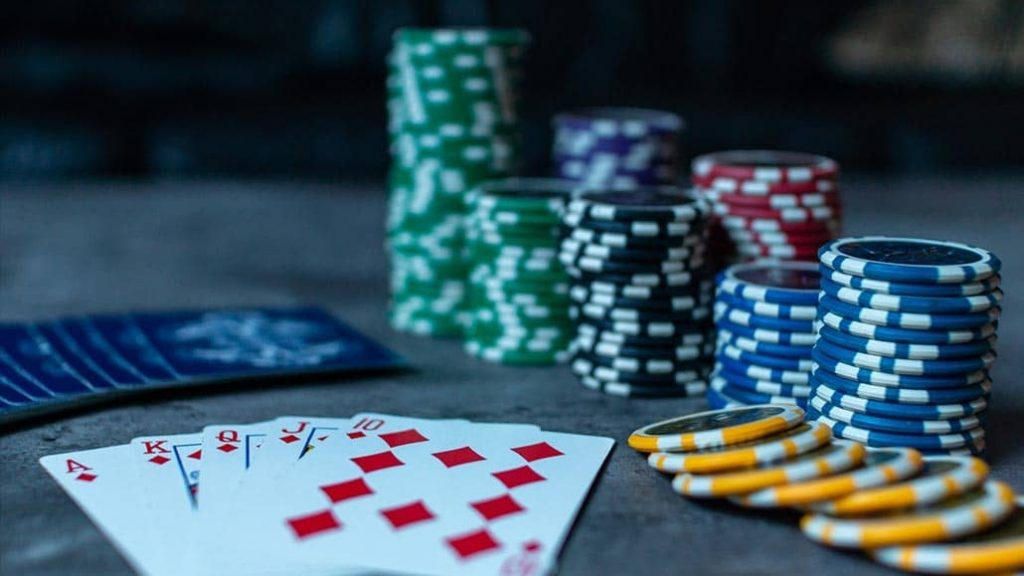 What All People Should Learn About Gambling