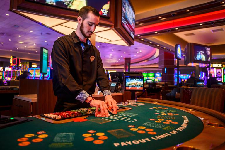 Open the Gates for Online Casino by using These Simple Suggestions